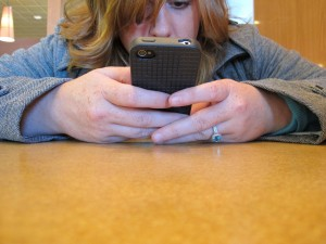 New texting app for middle school kids doesn't require a data plan: An iPod will do